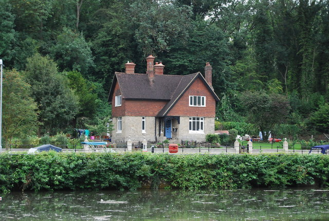 House by  Allington Lock