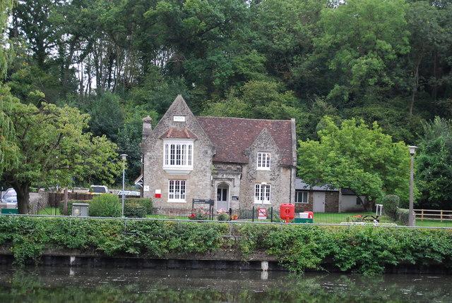 Lock House, Allington Lock