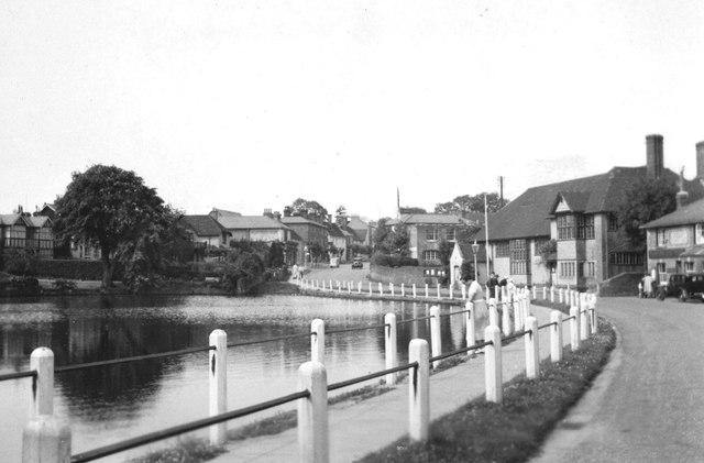 Lindfield Pond