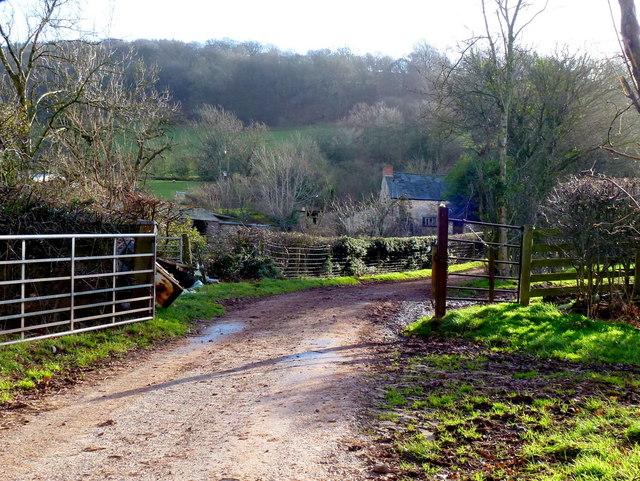 Entrance to Barns Farm