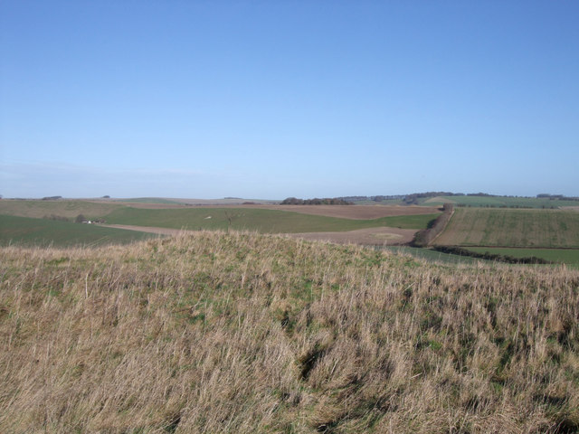 Round barrow intervisibility near Aldbourne