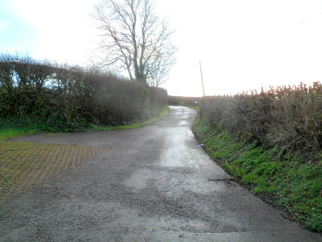 Lane heads south away from Primrose Hill near Cowbridge