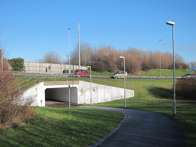 Footpath under Cross Levels Way