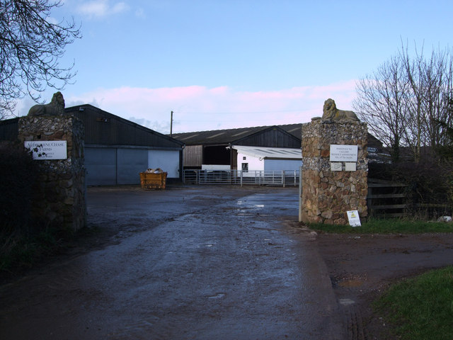 Entrance to Snap Farm