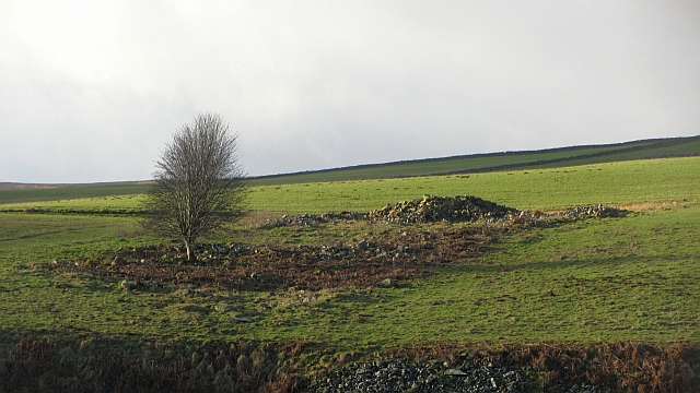 Ruin at the foot of Lugate Rig