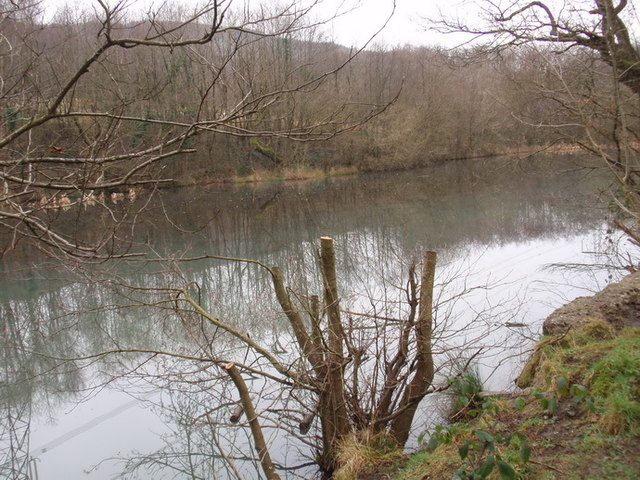 Pownd Webber's Pond, Abercanaid