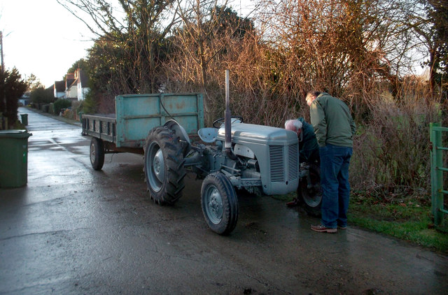 Vintage Tractor, Bear Lane, North Moreton