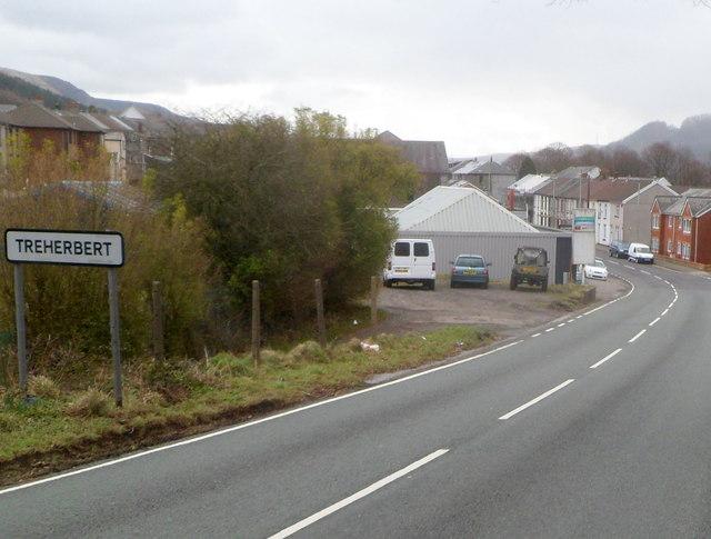 Smaller boundary sign, Treherbert