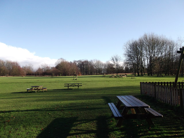 Douce's Meadow, Manor Park Country Park