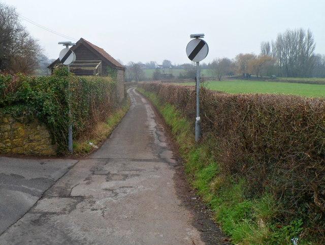 Lane from Pwllmeyric to Mathern