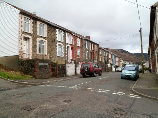 Brynhyfryd Street, Ynyswen