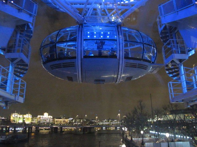 London Eye at night - capsule near bottom