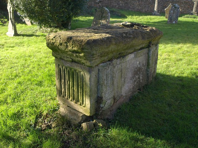 Chest tomb, Combe Raleigh
