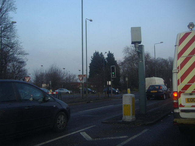 Junction of Eastern Avenue and Hainault Road