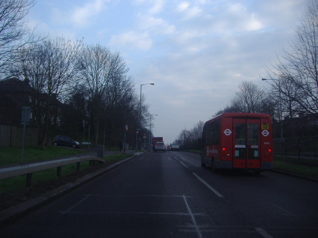 Woodford Avenue, Clayhall