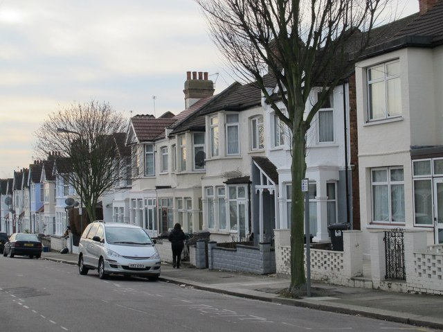 Bertram Road, NW4 (2)