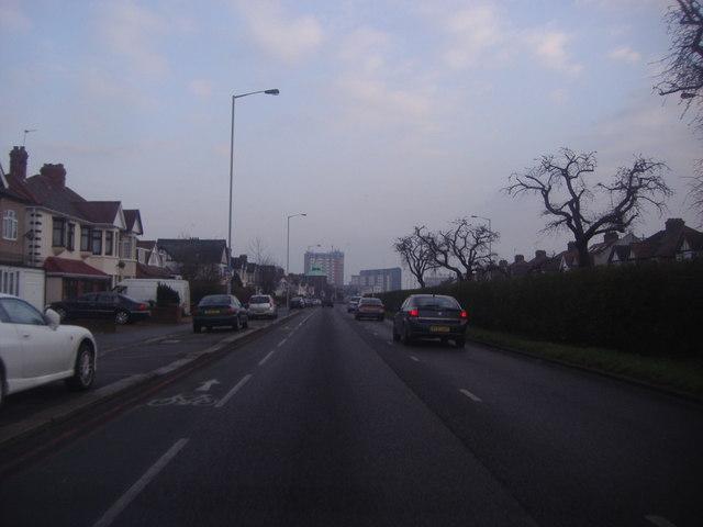 Woodford Avenue, Gants Hill