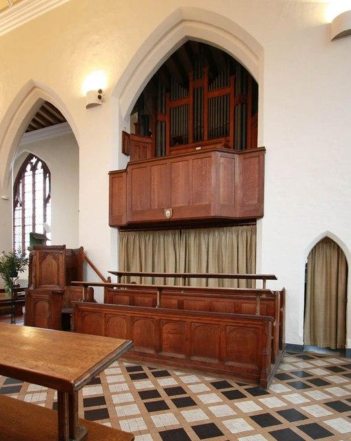 St Margaret of Antioch, Balfour Road, Ilford - Organ