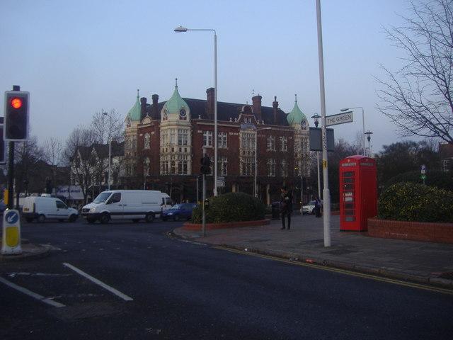 Buildings on the corner of Wanstead Green