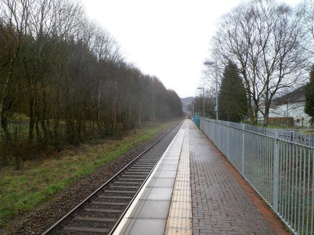 Ynyswen railway station platform