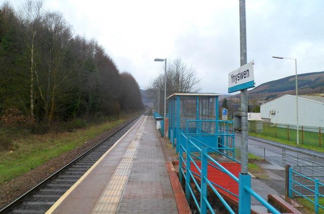 Passenger shelter at Ynyswen railway station