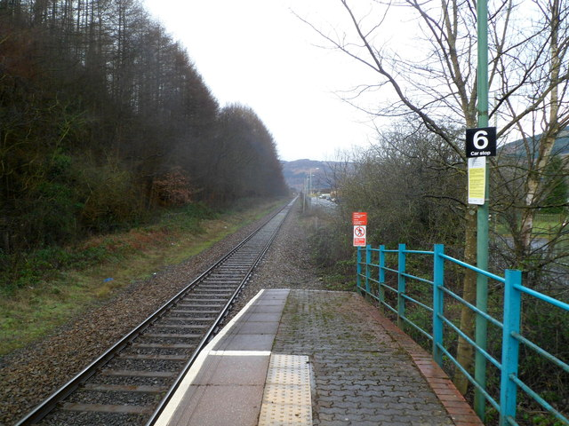Looking towards Treherbert from Ynyswen railway station