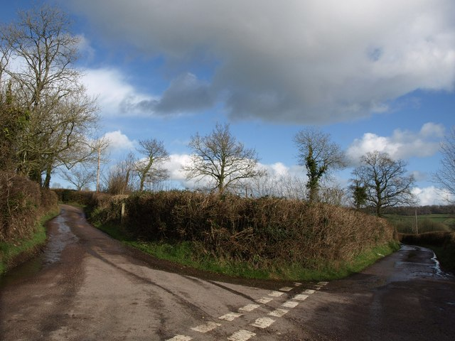 Lane junction, Shaugh Farm