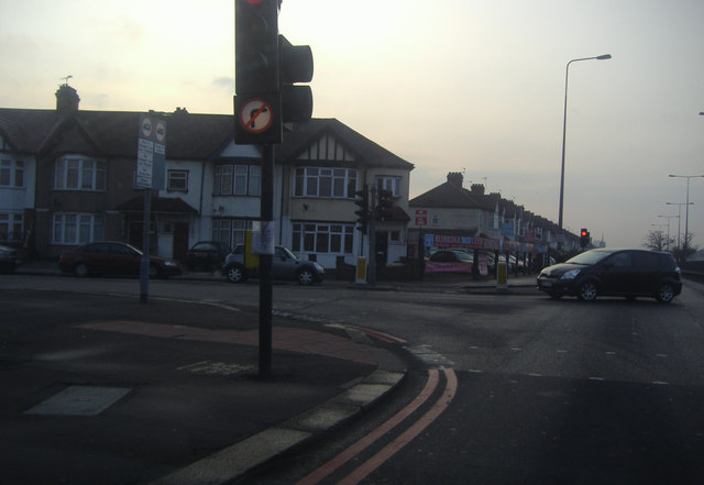 Eastern Avenue at the junction with Beehive Lane