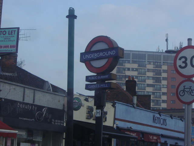 Sign for subway to Gants Hill station