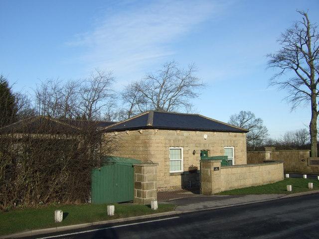 The Gatehouse, Skeltons Lane