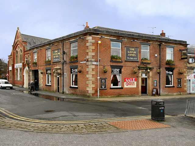 The Station Hotel/Leigh Arms