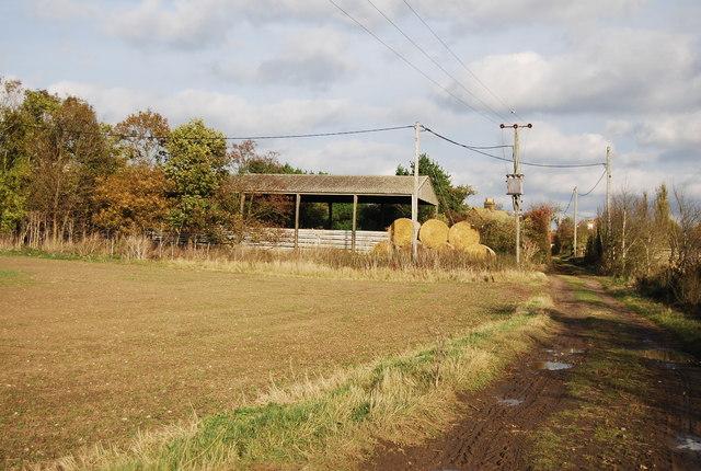 Hay barn, Ross Farm