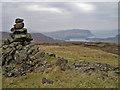 NG4639 : Viewpoint cairn on Stròc-bheinn by Richard Dorrell