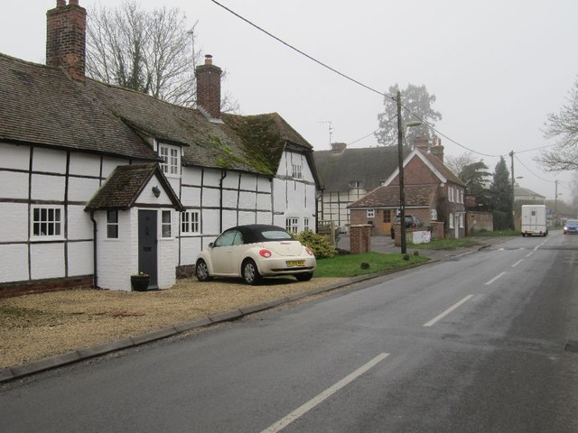 Cottage along the High Street