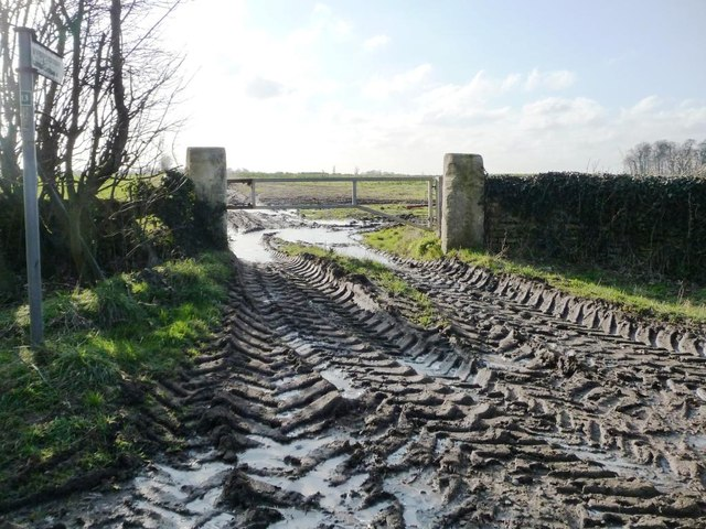 Muddy footpath entrance, Bilham Lane