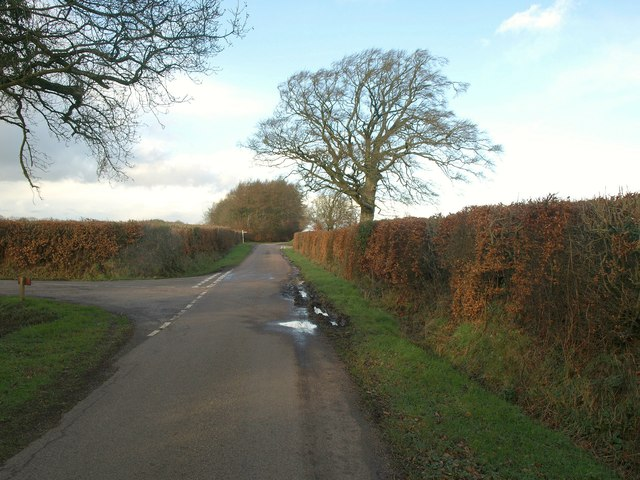 Junctions along the lane, Mattys Cross