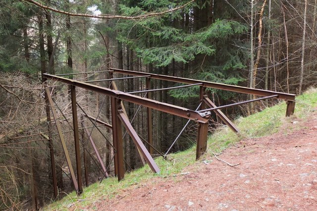 Metal framework by forest track, Kirnie Law