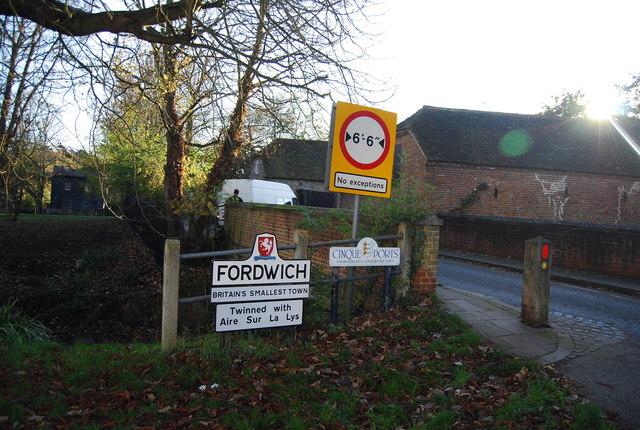 Entering Fordwich