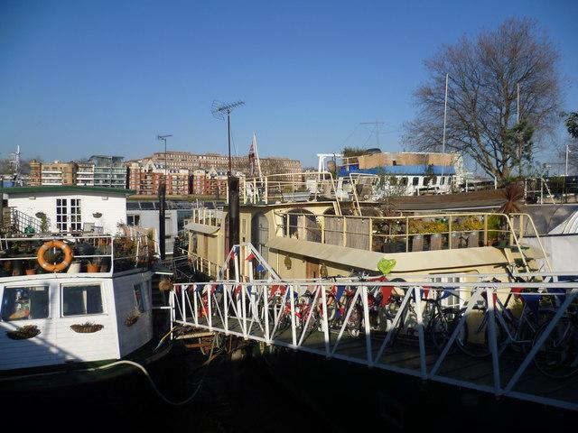 Houseboats at Tideway Village