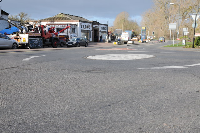 Mini-roundabout in Upton upon Severn