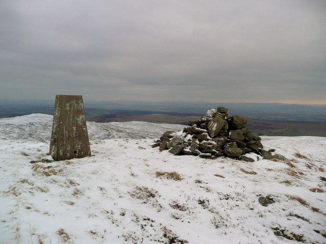 The trig on Meall Tarsuinn