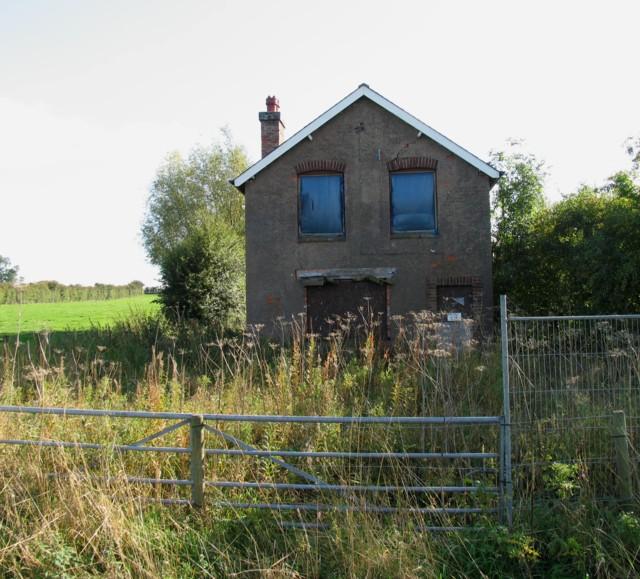 Derelict house on Walton Lane