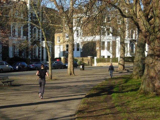 Highbury Crescent