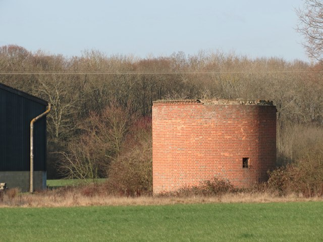 Remains of Oast House, Fouroaks Farmhouse, Four Oaks Road, Headcorn