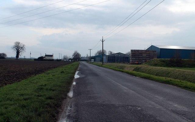 Road near Hilldyke towards Willoughby House