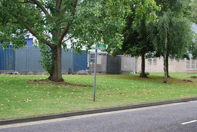 Bridleway signpost, Deacon Estate
