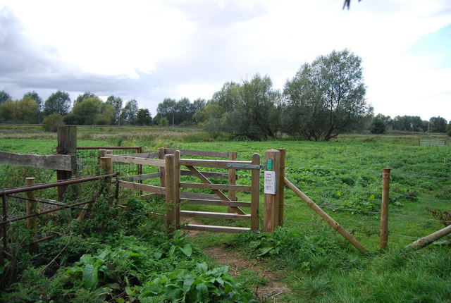 Kissing gate, Gipping River Valley Path