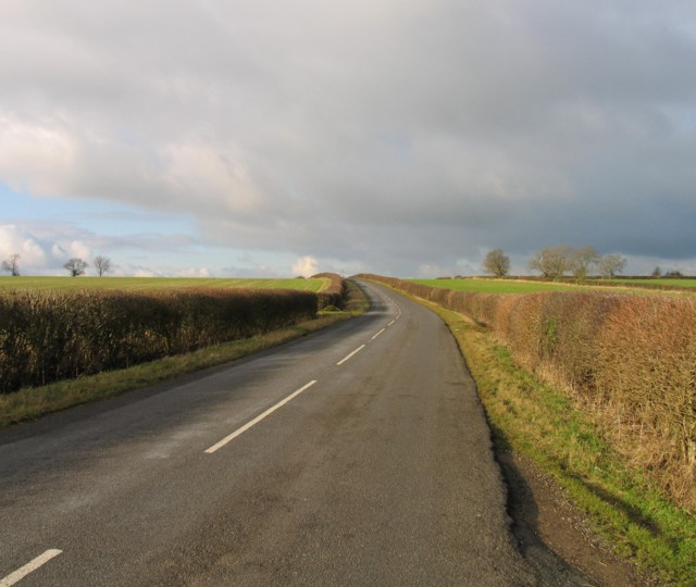 Oakham Road towards Whissendine