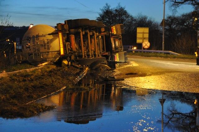 Tiverton : North Devon Link Road A361 - Overturned Lorry