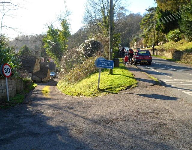 Side road unsuitable for HGVs, Slad